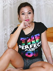 Cute young Filipina girl with big boobs sucks and fucks foreign guy