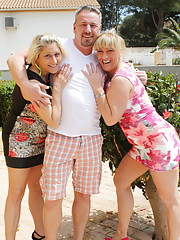 Two German housewives doing one lucky dude