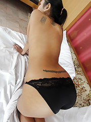 Killer Thai MILF pussy and ass exposed during striptease