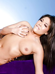 London Keyes gets creampied by Mr. Marcus