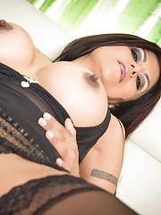 Watch the Beautiful Gabby play with her sweet pussy. She loves to play with herself