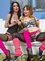 Hey guys this week I hooked up with Jessica Jaymes and Jessica Ryan two very attractive