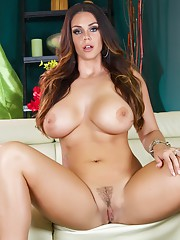 This week we have a new SPIZOO Angel. Her name is Alison Tyler and she is gorgeous.