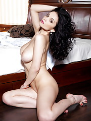 Dreamy bedroom eyes with sultry gaze her body in erotic poses portraying pire lust
