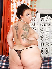 Fat cutie Calista Roxxx undresses and models her luscious well upholstered body