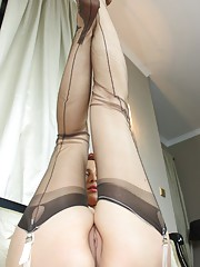 We know you love to see Vixen thrusting her feet and toes at you and to see her without