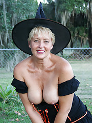 Real Tampa Swingers - Sexy Witch For Halloween