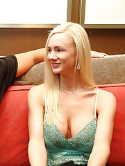 Real Slut Housewife Meeting Guy At Hotel