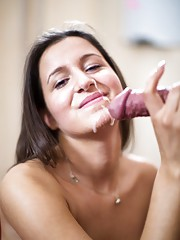 Just a 18yo young babe but so perverse!!! The little girl aims to discover the sex