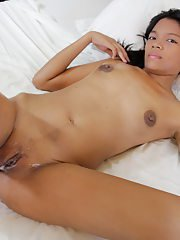 Hot oil massage where young Gretta is fucked by the masseur
