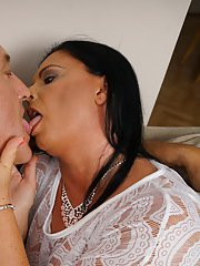 Naughty mature lady fucking in her living room