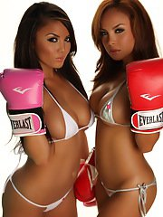 Stunning Justene Jaro and her sister Dawn show off their knockout curves in skimpy