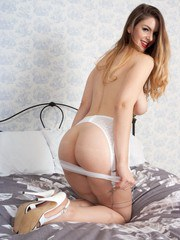 Stella wants to give you a special treat showing you her lovey body adorned with