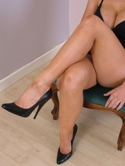 Leggy Larissa shows off her sexy bare legs great figure and shiny stiletto shoes