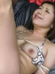 Kaoru Natsuki Asian has hairy fish taco fucked with vibrators