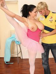 Sexy brunette ballerina gets tiny cooter pounded upskirt