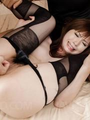 Mami Yuuki Asian with hot bum sucks and fucks tools same time