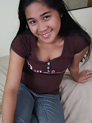 Chubby cute Filipina GF double-basted in jizz