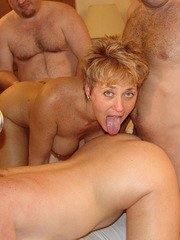 Real Tampa Swingers - Gangbang Party