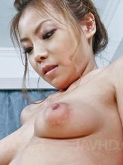 Rei Serizawa Asian has river of cum pouring from pink fish taco