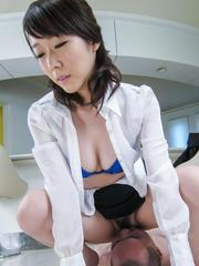 Hitomi Oki gets cum from sucking dick and rubbing it with crack