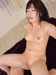 Arisa Nakano squirts and has cum in slit after double teaming