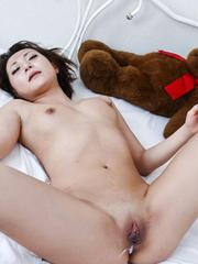 Yuu Shiraishi Asian has cum in asshole and shaved slit from cocks