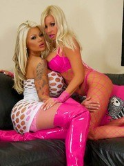 Candy Charms Fucks Michelle Thorne