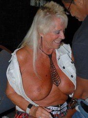 Real Tampa Swingers - Meet and Greet Party