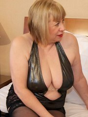 Hi Guys Heres another Hot Photoset from My Hotel Room in Prague Here Im Having some