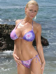 NaughtyAllie sets her tatas free out in open on public beach...