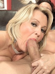 Hot sloppy well-fucked cougar cunt
