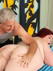 Fatty BBW gets naked and enjoy her pussy being massaged by her masseur with sex toys