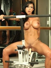 Jewels Jades comfort zone is in the gym come enjoy Jewels in her home gym and watch