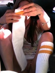 Sexy Rachel Roxxx decides to get changed in the car with passing cars looking in!