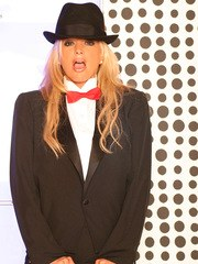 A special thanks to Rusty for this amazing outfit. A chic tuxedo I love it! not to