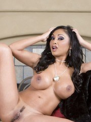 Indian bombshell Priya Anjali Rai gets dressed up for a night out but has far more