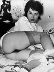 1960s stocking clad cuties show hairy pussy!