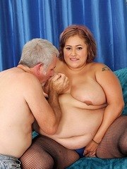 Sexy BBW sucks a dick and give tits fuck before getting her pussy licked and fucked