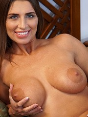 You wont be able to take your eyes off of Liya Lucky a bigtit housewife from Russia.