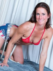 With such a tight body at 37 its no wonder that Sofie Marie is a huge showoff. Shes