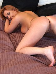 Cum craving housewife Ksukotzol isnt shy about trying new things! Today she has bound