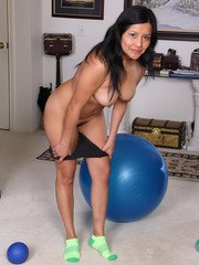 Exotic cutie CiCi Jones works out on her yoga ball then gets naked for fun
