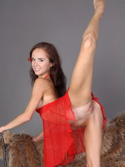 She has some amazing curves that she wants to stretch to the limits as she shows