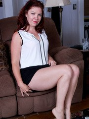 Amateur housewife Kimberlee Cline enjoys a drink to end her long day and then slips
