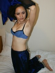 jasmine in sexy blue indian outfits after party changing