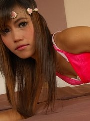 Young Asian Babe Kelly