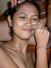 Slim and sexy filipina girl friend gives hand job