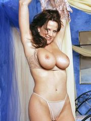 Kelly Madison exposing her massive natural boobs