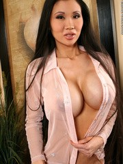Asian MILF Pictures